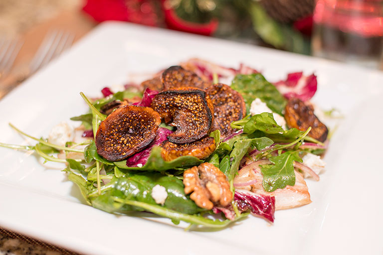 Balsamic-Grilled-Fig-Salad-with-Arugula-and-Goat-Cheese